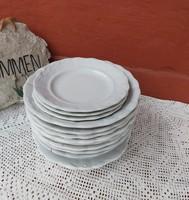 12 db Zsolnay  indamintás tányér  Paraszti tányérok, nosztalgia