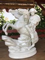 Nagyméretű Lovas szobor!