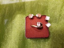 Ezüst fülbevaló gyűrűvel
