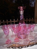 Rózsaszínű üveg italos készlet  palack+ 6 pohár