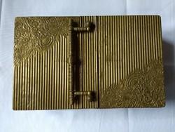 Sárgaréz doboz, 2 oldalt nyílik. Érdekes és RITKA!!!!!