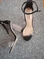 Simmi London Női luxus magassarkú 37 -s eladó ! BTH 23.5 cm