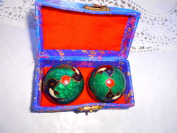 Csikung kínai zenélő golyók...eredeti dobozban.........