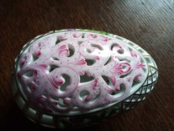 Herendi áttört tojás