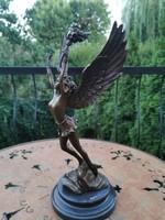 Szabadság arkangyal - bronz szobor műtárgy