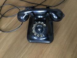 Régi tárcsás vezetékes telefon, a képek szerint