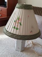 Herendi virágmintás lámpa