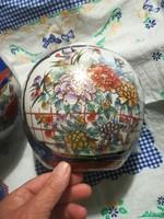 2 db Kínai fedeles váza urna váza párban eladó