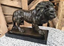 Hatalmas Oroszlán - bronz szobor műalkotás