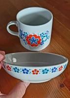 Alföldi porcelán menzamintás bögre és kompótos tál