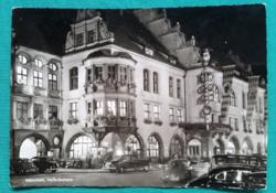 Németország,München leghíresebb kocsmája a  Hofbräuhaus, 1958-n újították fel