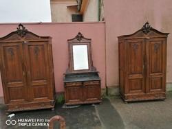 Bécsi barokk szekrény tükrös komód
