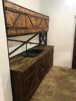 Rusztikus konyha szekrény.