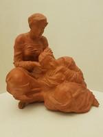 Ritkább Tóth Valéria (Tóth Vali) jelzett terrakotta kerámia női alakok anya lánya  szobor