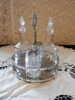 Eladó régi üveg olaj ecet, és só bors szóró fém szerelékben!