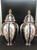 Porcelán, angol urna párban