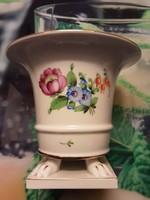 Herendi porcelán oroszlánlábas kaspó, virágmintás dekorral