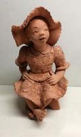 Illár Erzsébet ülő lányka vörösagyag figura hibátlan állapotban