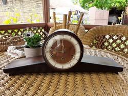Negyedütős kandalló óra ( Westminster )