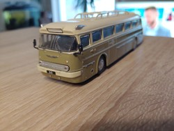 IKARUS 66   autóbusz makett fémből prospektussal