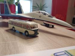 IFA  H6B  autóbusz makett fémből prospektussal