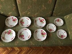 Zsolnay rózsás tányérok