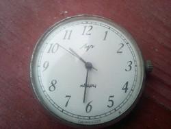 Régi szovjet óra. Karóra?