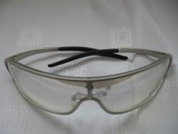 Újszerű sport szemüveg