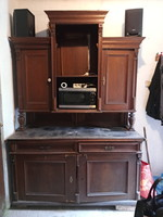 Felújítandó ónémet szekrény