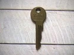 Yale réz kulcs