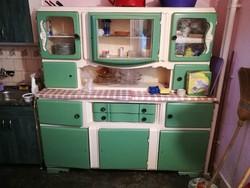 Régi konyhaszekrény, kredenc, pad, asztal, székek, hokedlik