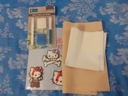 Varrós csomag: 2 régi előnyomott terítő + varrási segéd anyagok, kréta, folt Hello kitty