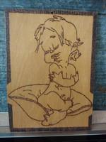Boldog csecsemő kislány karbatett kézzel kézi munka 21 x 28 cm falemez kép