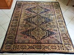Perzsa mintás MOKETT FALISZŐNYEG - 152x175 cm