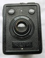 Kodak Box 620 fényképezőgép,hord fül sérült.