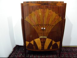 Különleges art deco szekrény