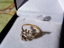 Szecis arany gyűrű