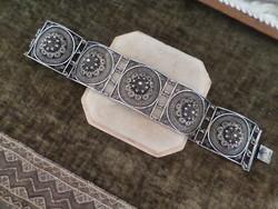 Antik ezüst széles filigrán karkötő