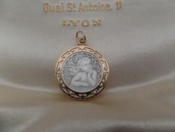 Angyalkás - gyöngyházas antik arany medál