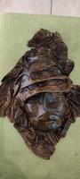 Bőr dombornyomat arckép