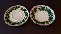 Hüttl Tivadar, szőlőleveles, aranyszegélyes gyűrűtartó tányér.
