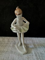 Hollóházi porcelán balerina