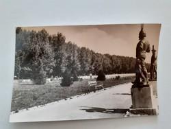 Régi képeslap 1962 Balatonfüred parkrészlet levelezőlap