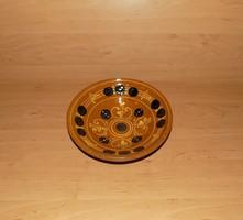 Jelzett mázas kerámia falitányér 21,5 cm (n)