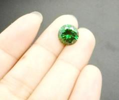 Columbiai smaragd drágakő AAA+ 7MM- es