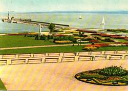 Ba 072 Színes körkép a Balaton vidékról a XX.század közepén . Keszthely a mólóval