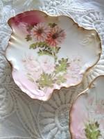 Antik Carl Knoll Austria, kézzel festett, aranyozott, virágmintás rózsaszín tálkák