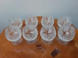 8 db antik ajkai forgómintás szélesszájú csiszolt ólomkirstály talpas likőrös pohár