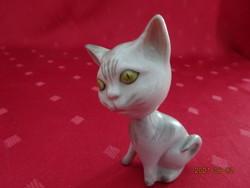 Aquincum porcelán figurális szobor, pici cica mozgó fejjel,  magassága 7,5 cm.