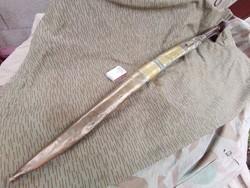 Bontatlan eredeti  érintetlen 18 századi ezüst és  csontmarkolatos török anatóliai jatagán kard